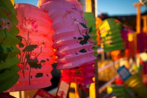 victoria-dragon-boat-lights-of-courage-lanterns-8289.jpg